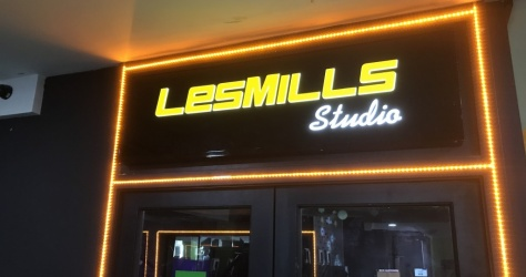 Les Mills Lightbox Sign