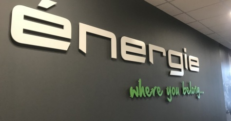 vinyls on wall -energie gym
